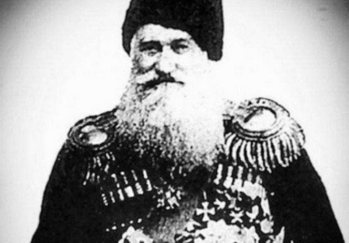 Le général de division Ortsu Chermoev