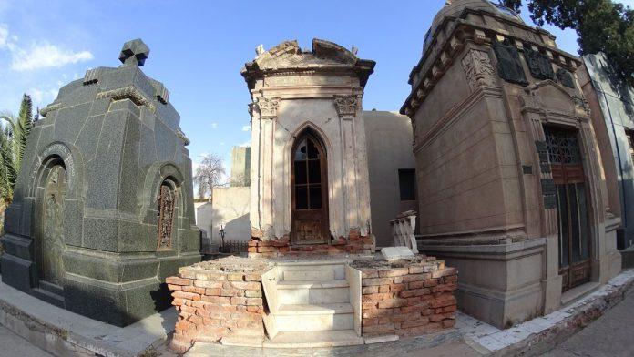cimetière de Mendoza en Argentine